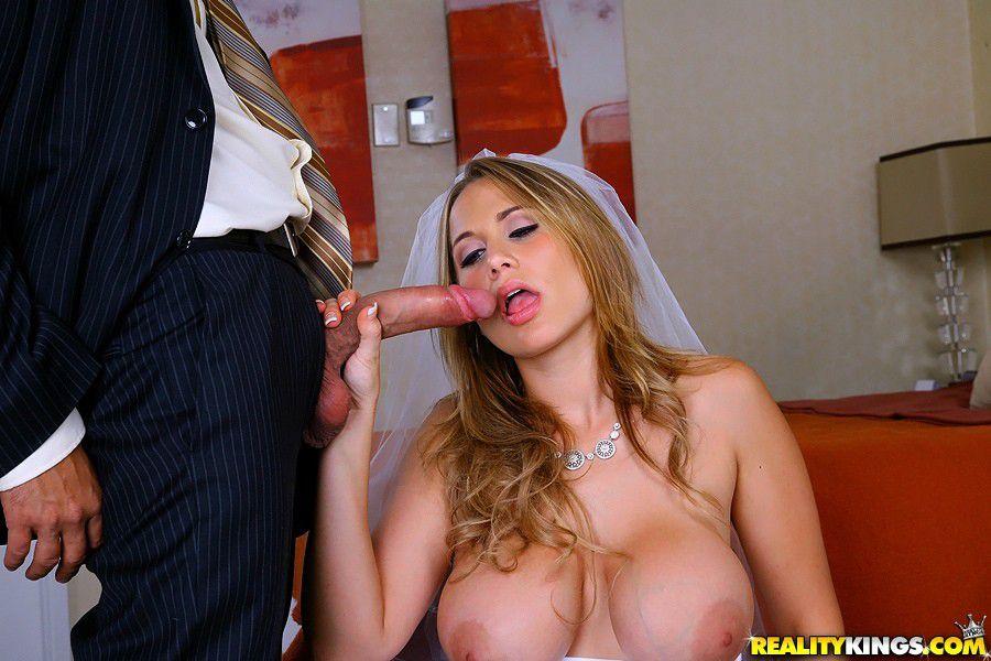 casada-traindo-marido-noiva-chupando-caralho