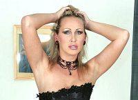 Mandy Bright Fodida Por Tres