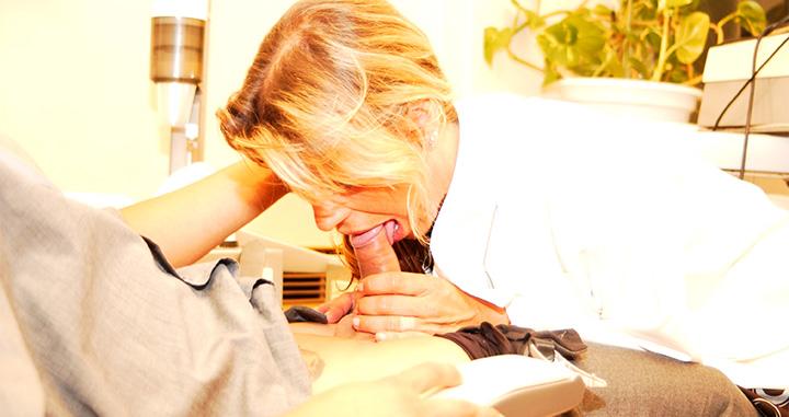 conas quentes videos sexo oral