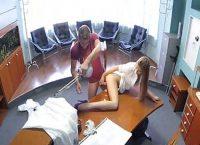 Médico Excitado Faz Sexo Com Enfermeira